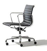 Eames Managment Chair